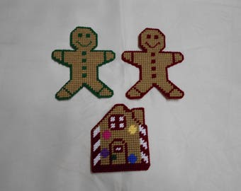 Plastic Canvas Gingerbread House and Gingerbread Men