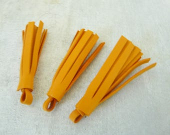 3 tassels fringe light orange smooth leather 5 cm