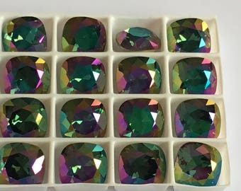 Lot de 4 cristaux Swarovski 4470 10mm à sertir