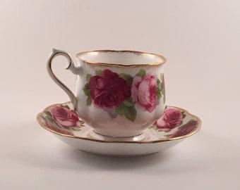 Old English Rose Tea Cup