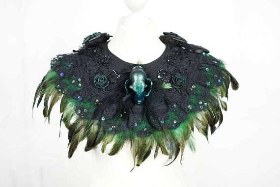 Cat collar with feather in green black, cat skull resin skull collar with springs