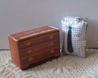 """Vintage AVON Gift Collection """"Dad's Shirt Scents"""" 3 Drawer Sachets"""