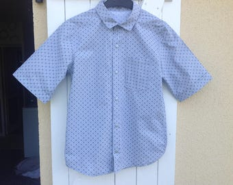 12 years Short sleeve shirt with blue lapel and geometric shapes