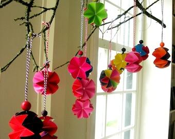 Christmas tree pendants. color