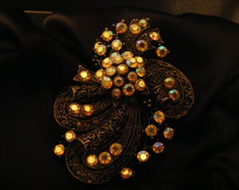 STUNNING LARGE BROOCH