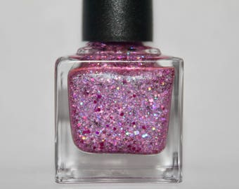 "Scattered Purple Holo Nail Polish ""Glitter Queen"""