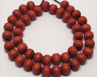 50 round beads 8mm red brown wood