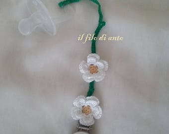Dummy holder chains with handmade flowers
