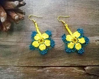 Yellow oil green earrings Turkish oya earrings Turkish crochet earrings Seed beads earrings Lace jewelry Flowers floral guipure earrings