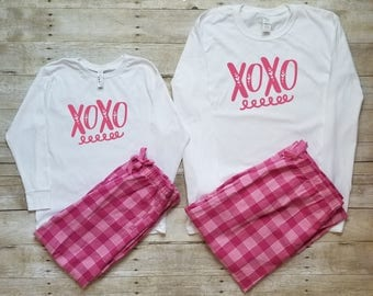 Pajamas for women - Valentines Day - Family Pajamas - Mommy and Me Pajamas - Mom and Daughter Matching Outfits - Cute Pajamas - Mom and baby