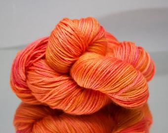 Hand dyed DK yarn - 75/25% Superwash Merino wool/ Nylon yarn - 4 ply