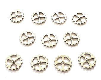 Silver Tone Metal Gear Wheel Charms with Screws and Four Spokes - Pack of Ten - H660