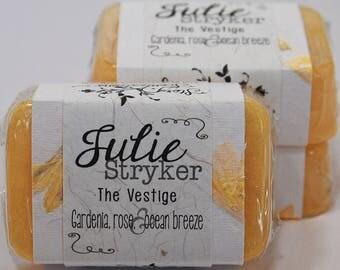 Julie Stryker The Vestige by Caroline George Glycerin Soap Bar - Handmade Custom Book Character Scent - Bright Yellow, Gardenia, Rose, Ocean
