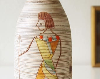 Mid Century Italy vase, made by Fratelli Fanciullacci, Egyptian series.