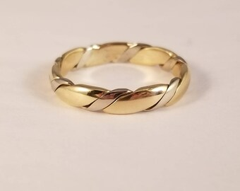 Vintage 2 tone twisted gold band