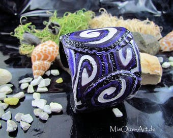 Wide Bangle Bracelet purple spiral