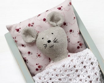 Toy mouse in wooden box, doll mattress, doll bedding, wooden doll bed, doll furniture, gift for girl, doll mouse, toy mouse, linen toy.
