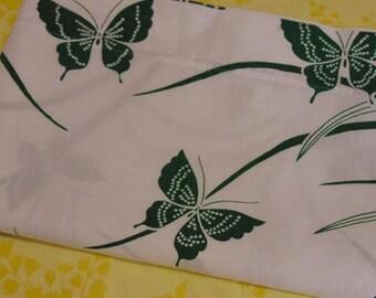 Green Butterflies in the Grass / Twin Flat