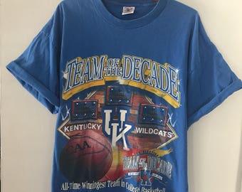 Vintage Blue 90s Team of the Decade Kentucky Wildcats Basketball T-Shirt XL Champs