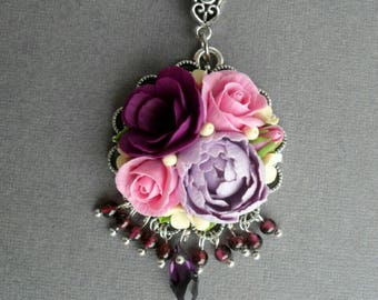 Pendant with flowers made of polymer clay