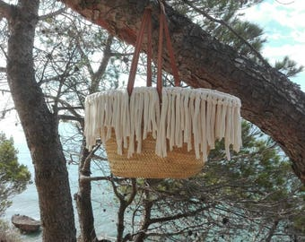 Unbleached fringed beach basket