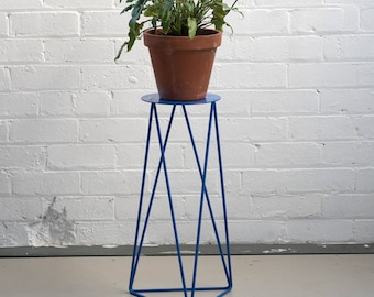 High Tri Plant Stand with Plate in Berlin Blue