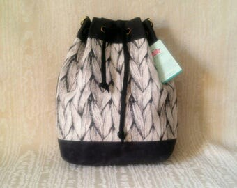 Mimi Bucket Bag, Tote Bag, Canadian, Grey with Sweater Knit Look Woven Tapestry, Bucket Bag, Crossbody