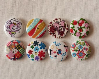 8 round wooden buttons sewing, children, 3 cm MIX 110215 scrapbooking