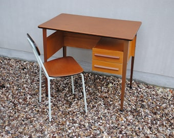 Child's desk with Chair vintage