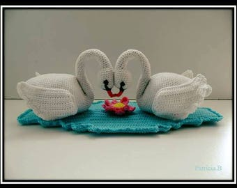 Tutorial PDF crocheted Swan couple