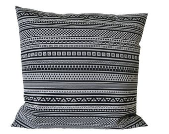 Graphic pillow-cover, black and white jacquard, 50x50 cm/ 19,7x19,7 inch, for decorative pillow
