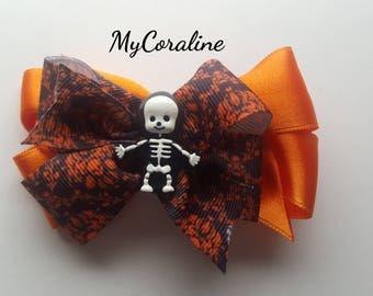 Hair tie or skeleton brooch
