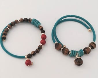 Turqouise and tiger eye boho bangles, wired boho bracelets, blue turquoise and tiger eye bracelets, easy to wear bracelets.