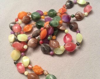 1970s Jelly Bean effect necklace