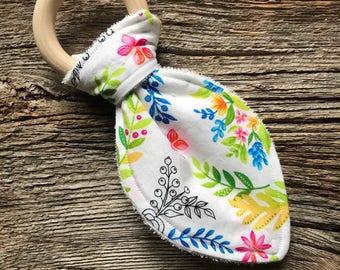 Baby Teething Toy, Baby Teething Ring, Natural Wood Teether