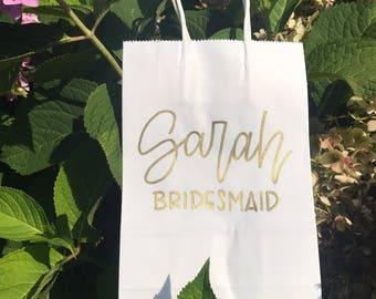 Personalized Bridesmaid White Gift Bag | Custom Name Gift Bag | Bachelorette Party Gift Bag | Wedding Party Gift Bag
