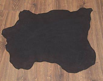 Black lambskin leather with velvet finish (9302818)