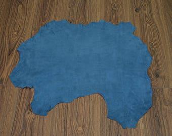 Blue oil lambskin leather with velvet finish (2017080710)