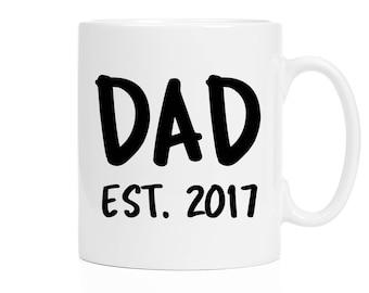 Pregnancy Reveal Mug | Christmas Gift for Dad To Be | New Baby Reveal | Dad Est 2017 | Husband Gift | Husband Mug