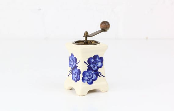Small vintage coffee mill made of porcelain ceramics delft Sytyle antique coffee grinder/Pottery