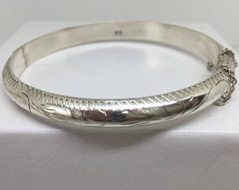 Vintage 925 Sterling Hinged Bangle with Safety Chain Engraved