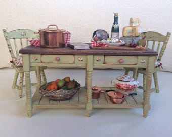 table 1:12 Dollhouse, miniature furniture, kitchen craft