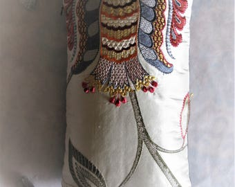 "Cushion Embroidered silk and linen ""Belisarius"" 27 x 48, sale at-30%"