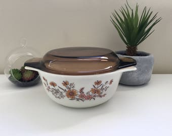 Vintage Pyrex 'Woodland/Country Autumn' Casserole