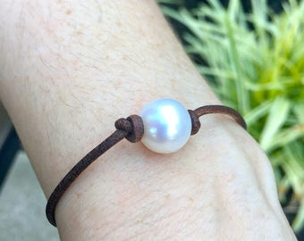 Single Freshwater Cultured Pearl Bracelet- Multiple Pearl Color Options