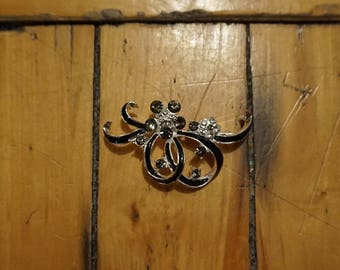 Awesome Vintage Brooch