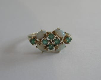Vintage 14k Yellow Gold Emerald and Opal Ring