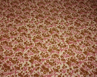 Vintage fabric, mini roses