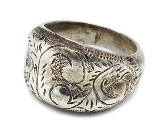 Floral Scroll Ring, Engraved Dome Ring, Etched Silver Ring, 925 Siam Sterling, Diamond Cut Ring, Carved Band Ring, Puffy Ring, Ring Size 5