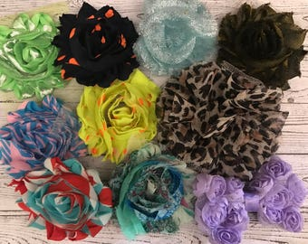 Lot of 10 Floral Embellishments